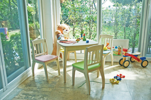 Pic 1 - Junior table and Chairs set